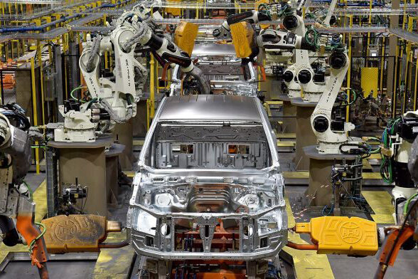 قیمت خودرو در جاده رشد؛ بازار معاملات در رکود